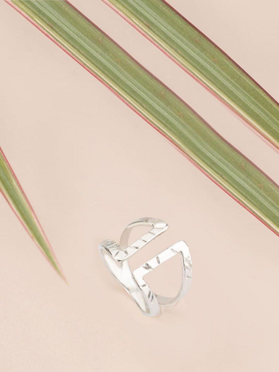 anillo de plata para regalar, comprar anillo de plata de mujer, diseño de Marteliè Barcelona, joyasmarket