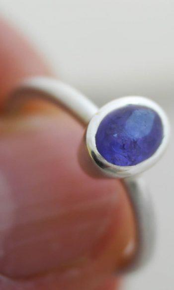 anillo de plata con tanzanita, anillo de plata para mujer con piedra azul, tanzanita, anillos con piedras preciosas