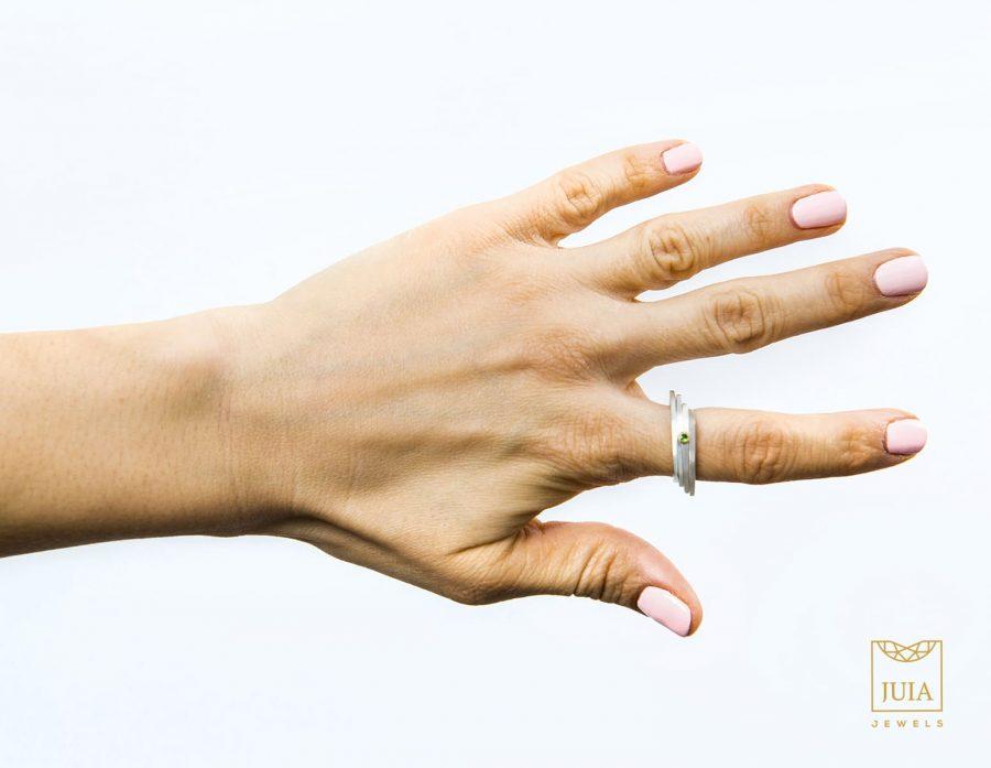 anillo de plata y oro para mujer, comprar anillo de plata de diseño, regalar anillo aniversario pareja, regalar anillo san valentin