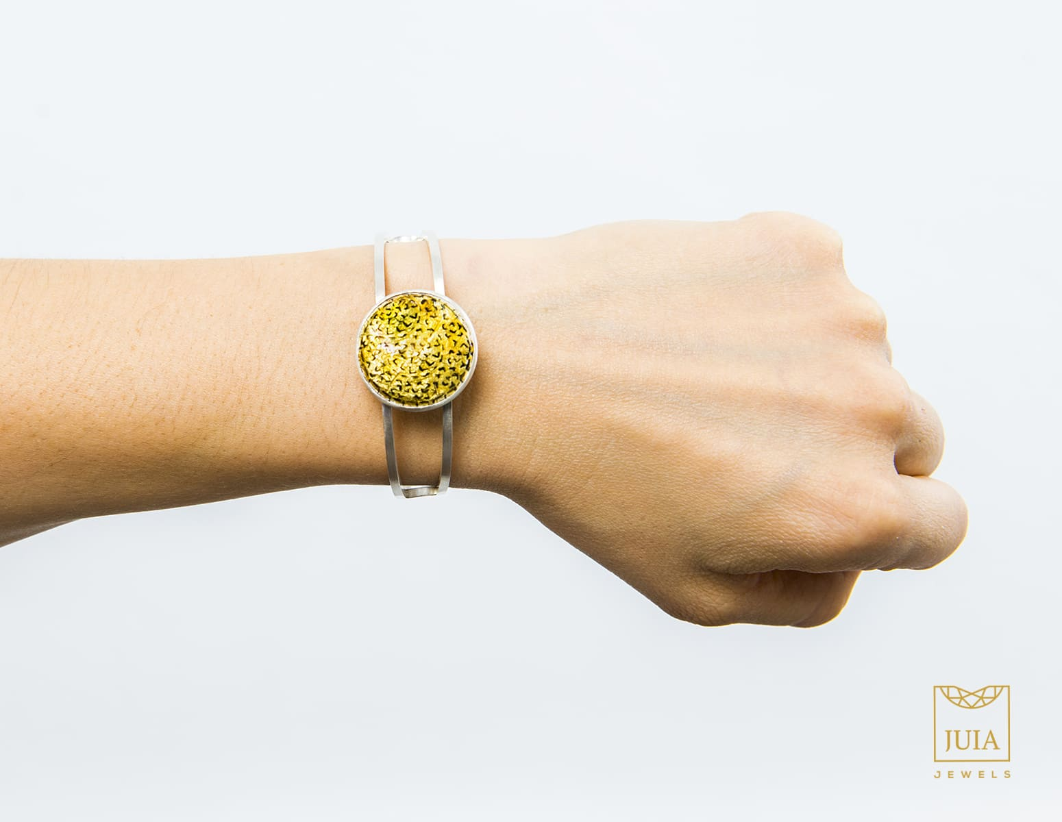 pulseras de plata para mujer, juia jewels barcelona, regalar pulseras de plata de diseño, joyeria etica, fairmined, joyasmarket