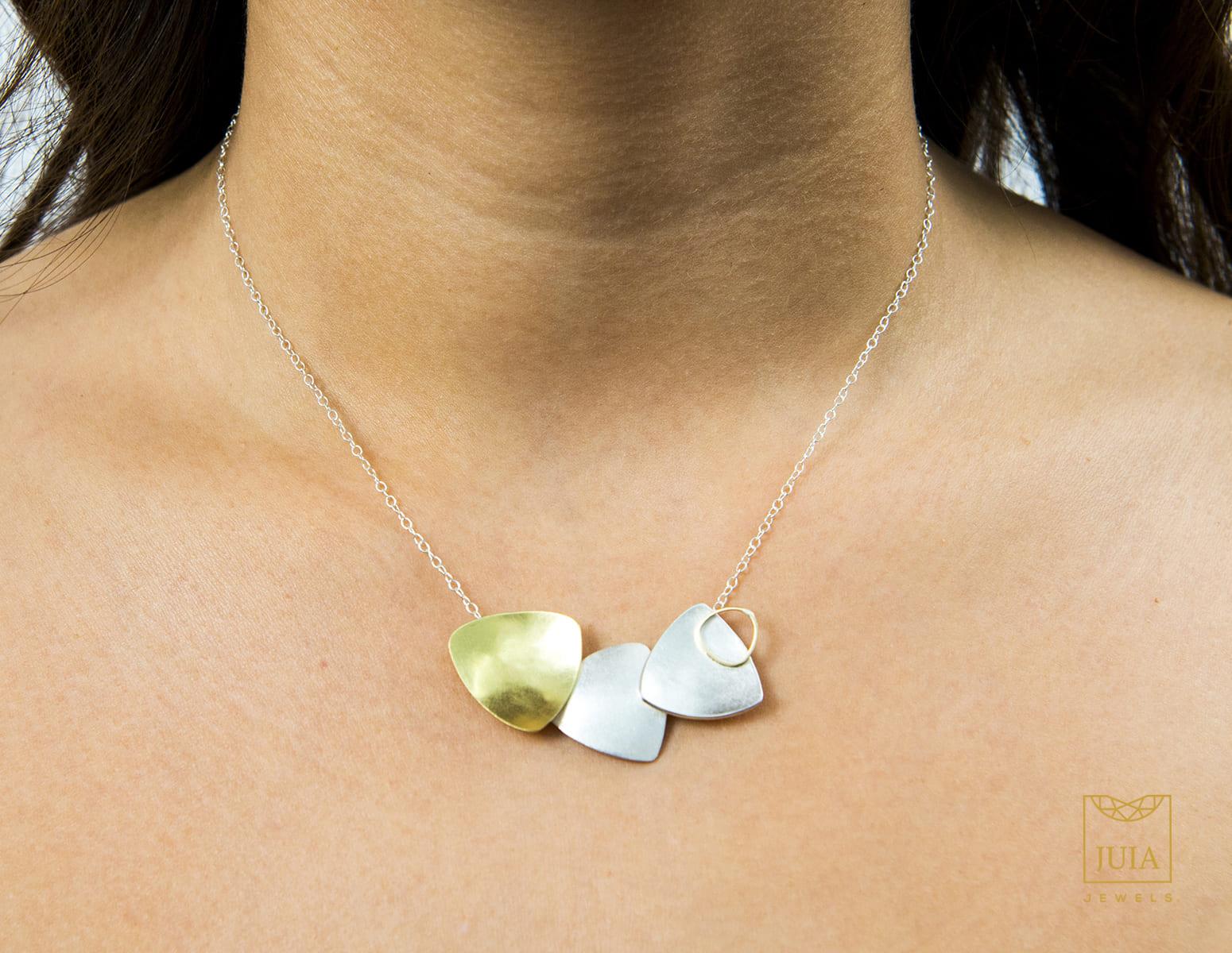 collar de oro para boda, juia jewels barcelona, comprar collar de oro y plata de diseño, collar de boda, joyeria etica, fairmined, joyasmarket
