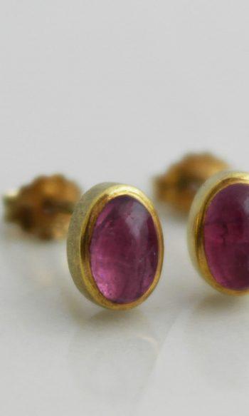 pendientes de boton de oro con turmalina rosa para mujer