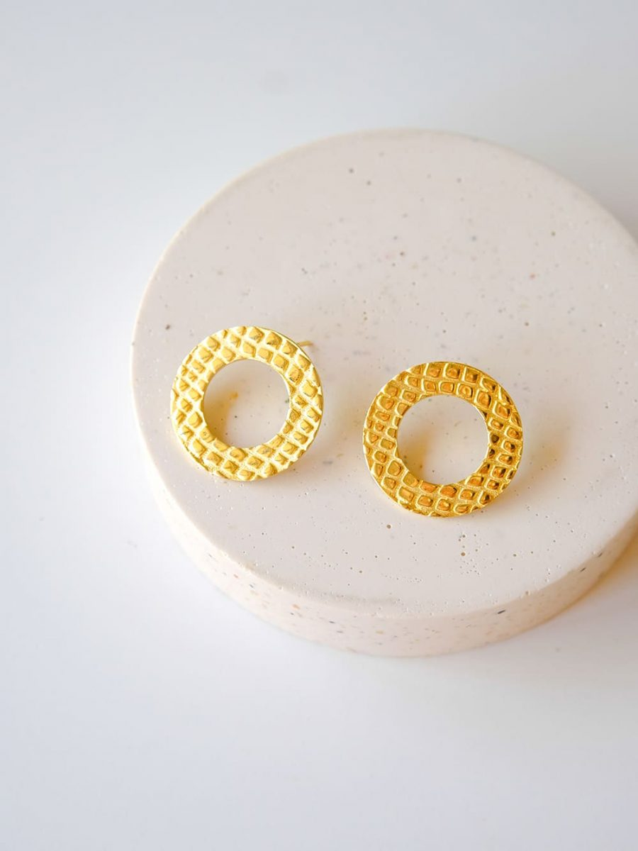 pendientes de circulo de oro, aros de oro de cocodrilo, pendientes de cocodrilo, pendientes de oro