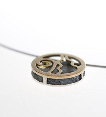 colgante de plata exclusivo, colgante de filigrana, colgante especial para mujer, colgantes minimalistas