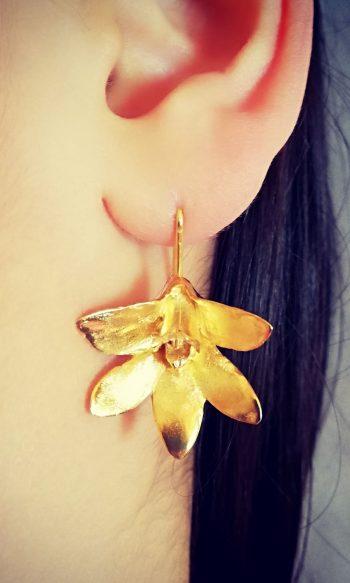 pendientes de oro botánicos para mujer inspirados en la orquídea
