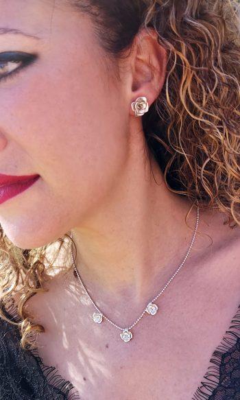 gargantilla de plata con rosas para mujer, regalar gargantilla, regalar joyas