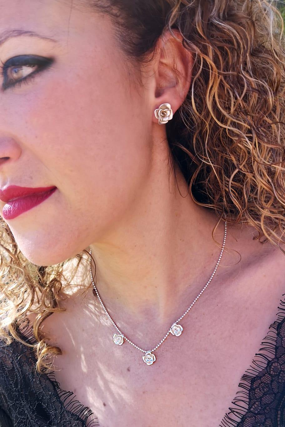 pendientes rosas, comprar pendientes de oro, joyeria artesanal, joyasmarket