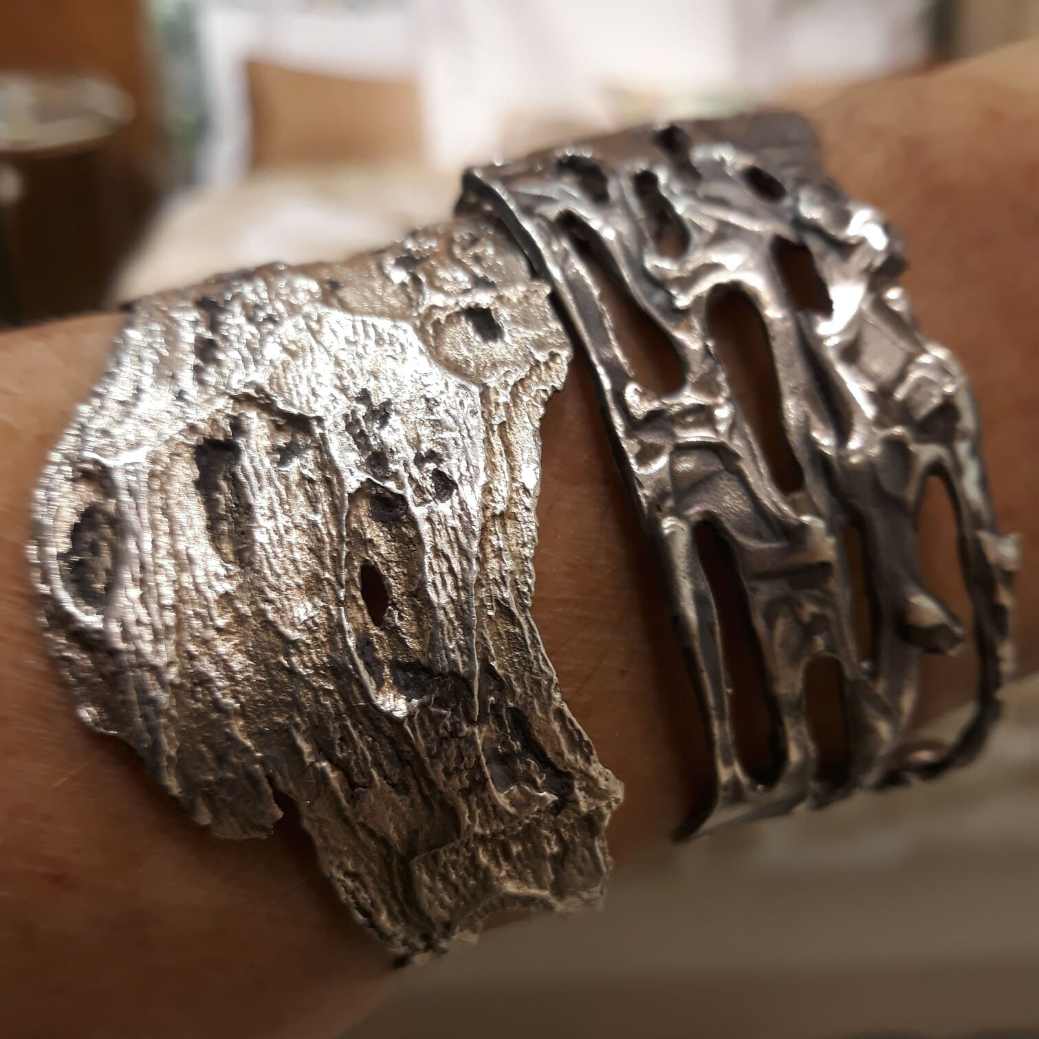 brazalete de plata para mujer, pepamassana barcelona, regalar brazalete de diseño, joyeria natural, joyasmarket