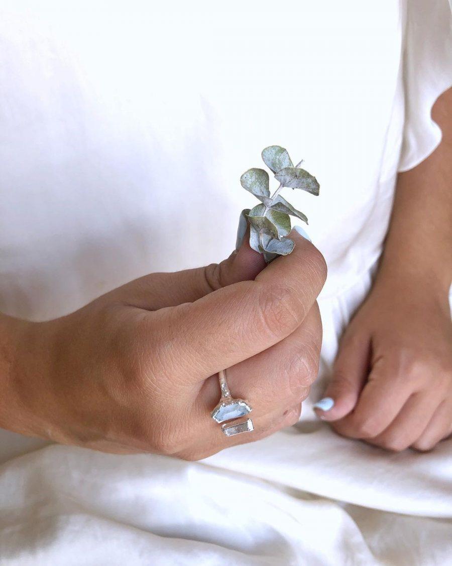 anillo regulable de plata con cuarzos
