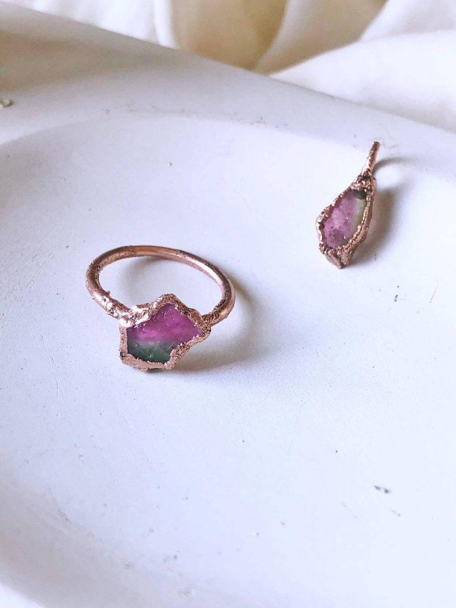 anillo para mujer con turmalina, anillo con turmalina rosa