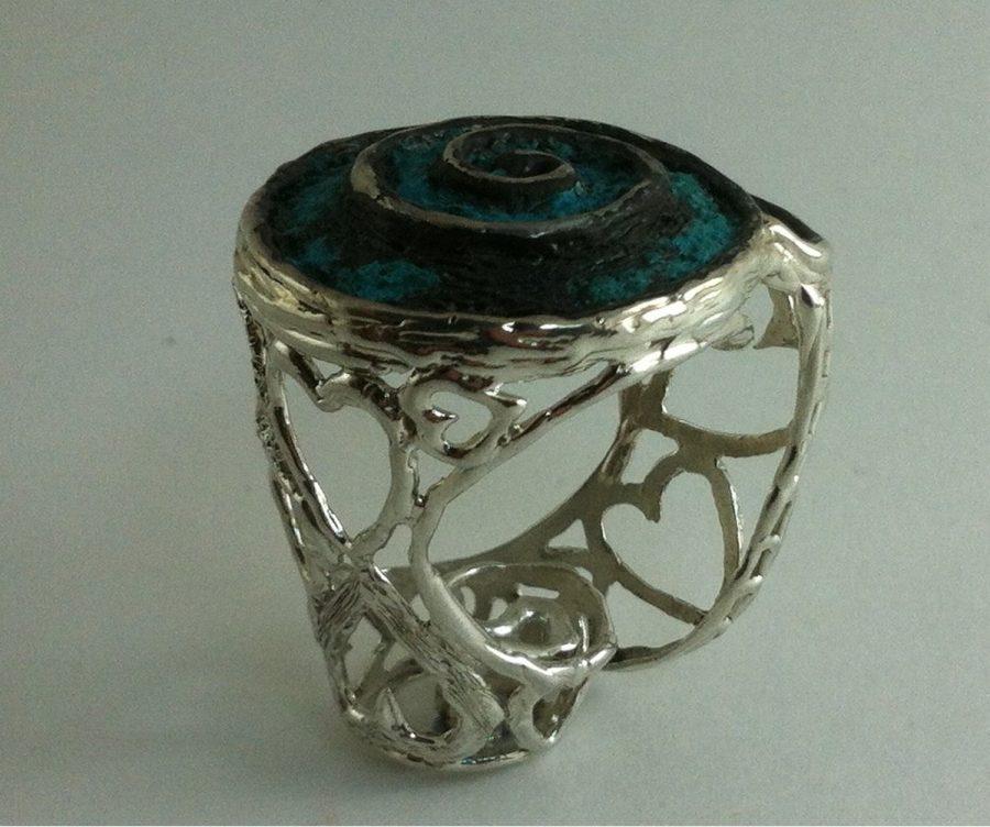 anillo de plata exclusivo para mujer con diseño de corazon en pieza única