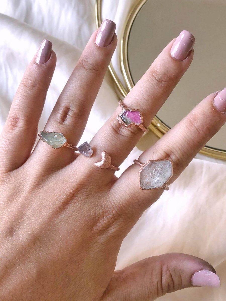 anillo con turmalinas, anillo para mujer con turmalina rosa