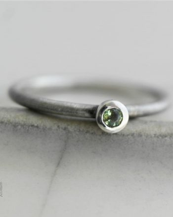 fino anillo plata turmalina verde
